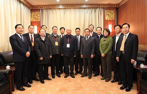 国家、北京、河北省有关方面领导参加环首都区域发展论坛.JPG
